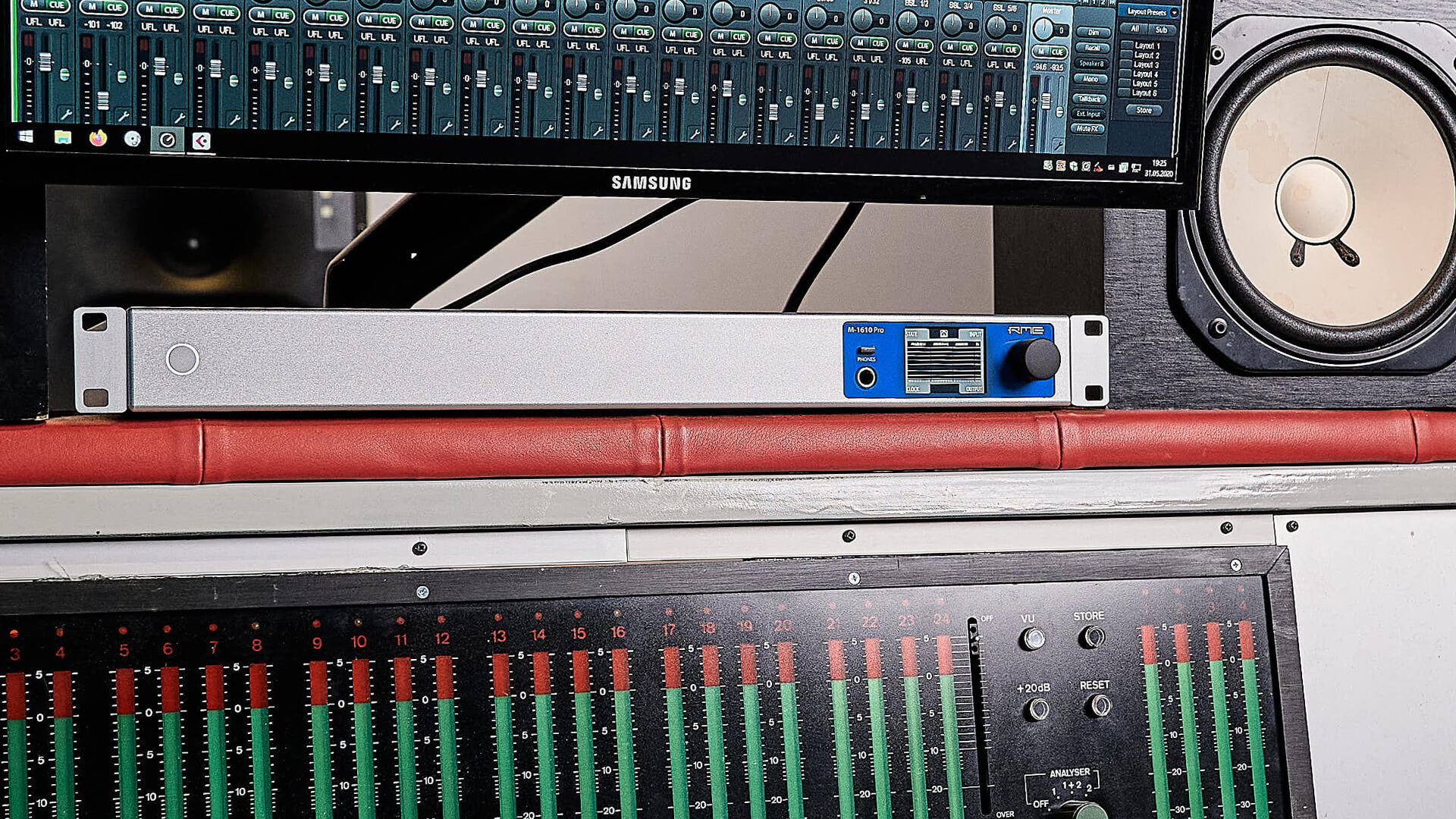Perfect for recording engineers using a variety of analog effects and instruments.